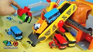 玩 小巴士Tayo 工地現場 怪手 起重機 輸送帶 軌道車 提箱遊戲組