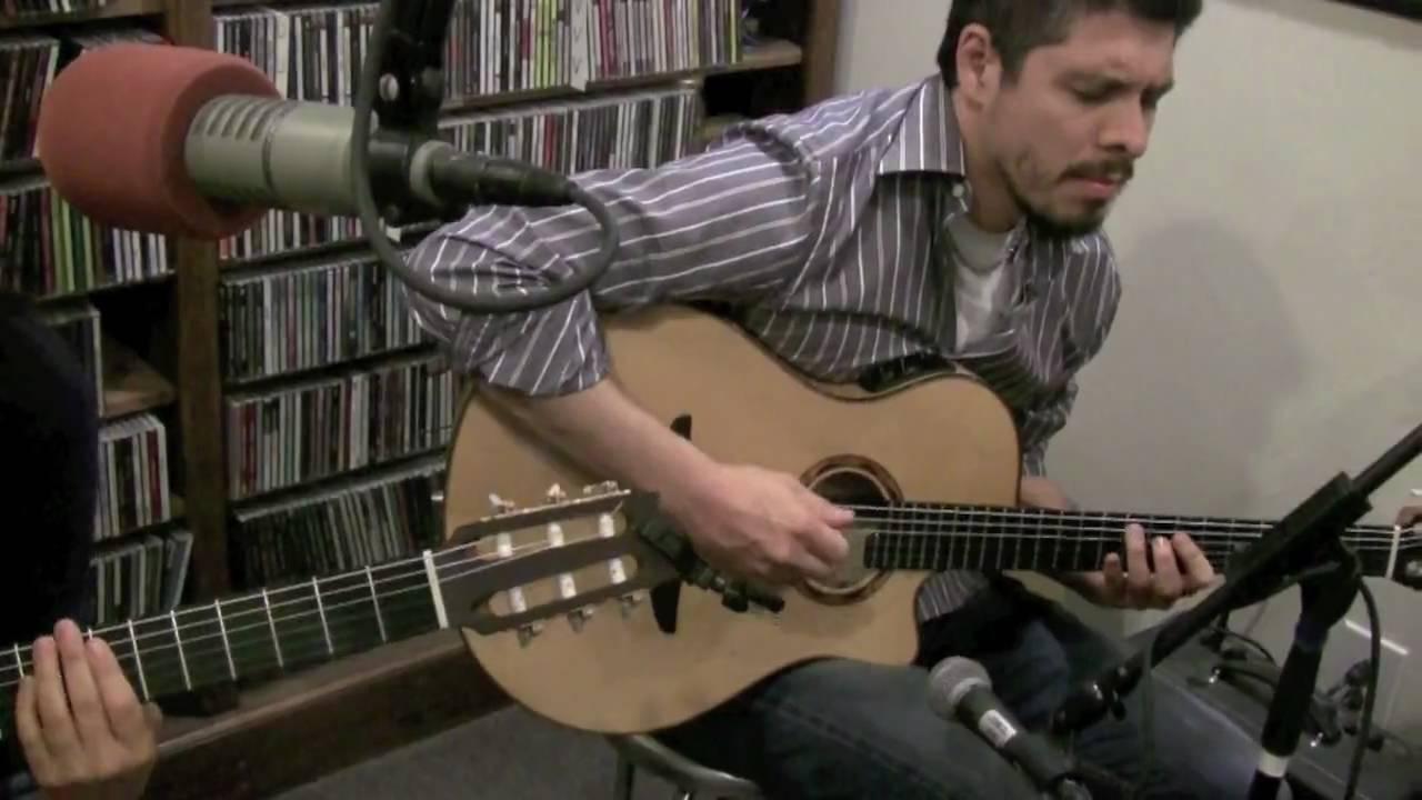 Rodrigo Gabriela Yamaha