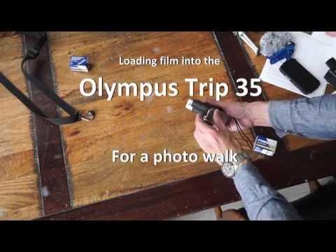 Olympus Trip 35 - Lock 'n' load - Street Photography in Amsterdam