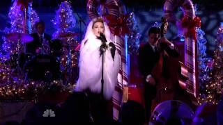 HD Kylie Minogue   LET IT SNOW (live Christmas in Rockefeller Center 2010).avi