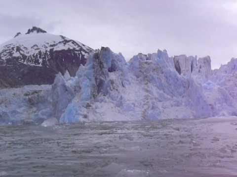 Iceberg tsunami
