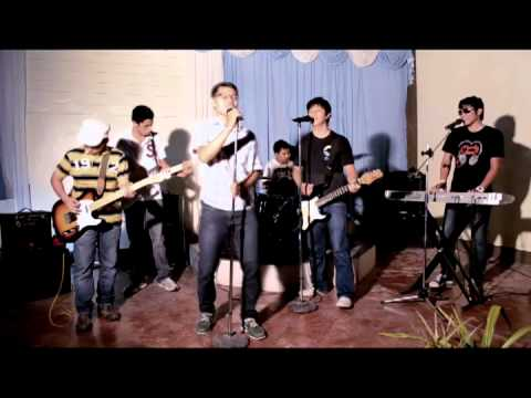 Dili Makawang (unofficial Music Video From Victory Band) video