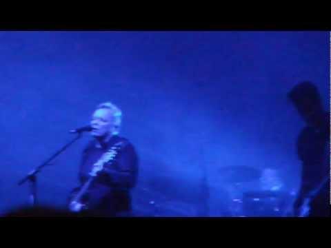 New Order - Love will tear us apart @ Lokerse Feesten (Lokeren - Belgium - 10/08/2012)