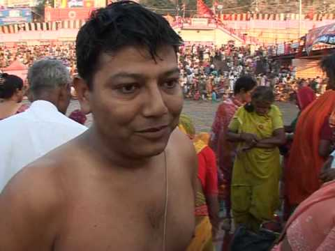 Millions dip in Ganges at world's biggest religious festival