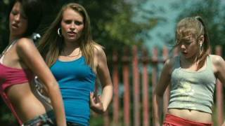 Fish Tank (2009) - Official Trailer