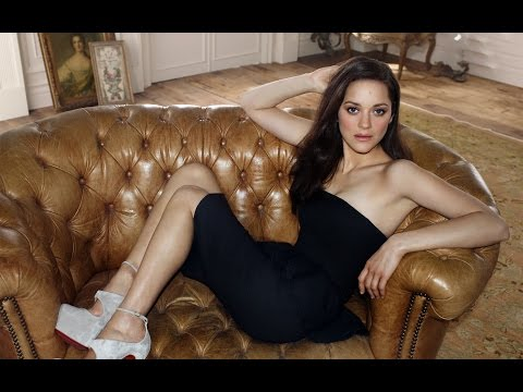 Top 10 Sexiest Hollywood Actresses In 2014 video