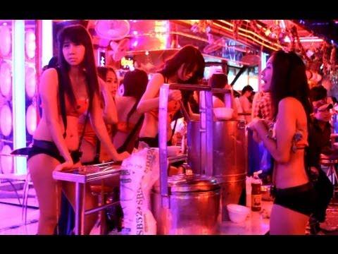 Walking thru Patpong in Bangkok, Thailand