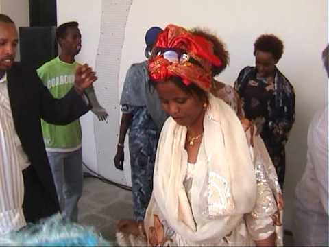 niiko iyo wax daran 02 - somali video