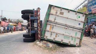 Tai nạn giao thông ở Đồng Tháp: Xe container bất ngờ lật trúng 3 Bà Cháu tử vong tại chỗ