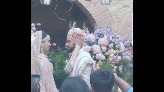 download lagu Virat Kohli And Anushka Sharma Wedding  Kissing Each gratis