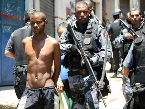 Rio de Janeiro - Invasão do Complexo do Alemão - Vídeo e Fotos