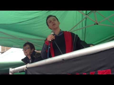 Camden New Journal/Islington Tribune: Author Owen Jones speaking at Whittington Hospital rally
