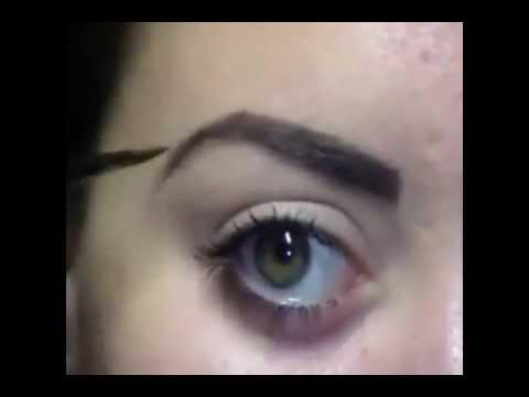 Como maquillarse las cejas de manera perfecta youtube - Maneras de maquillarse ...