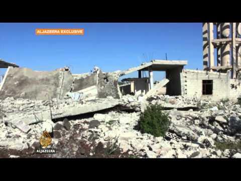Residents endure devastation in Syria's Homs