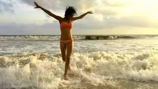 download lagu Mtv Splitsvilla & Roadies Martina Thariyan In Bikini Beach gratis