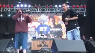 SADOR VS TOM CROWLEY | OCTAVOS RED BULL BATALLA DE LOS GALLOS FINAL NACIONAL CHILE 2015