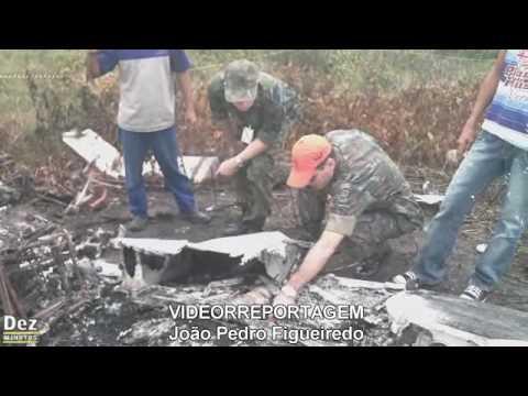 Destroços do avião foram retirados do local