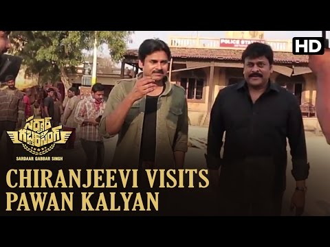 Chiranjeevi Visits Pawan Kalyan On The Sets Of Sardaar Gabbar Singh