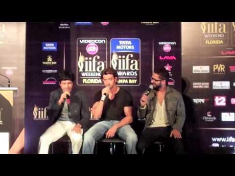 Farhan Akhtar, Hrithik Roshan and Shahid Kapoor Singing