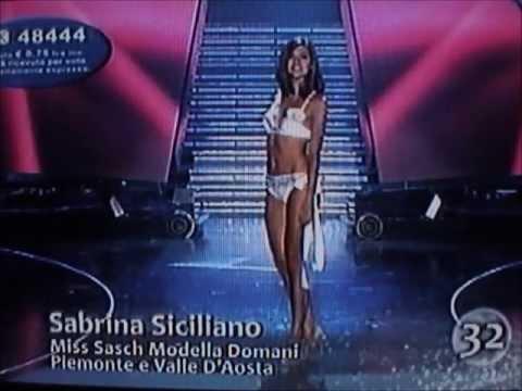 Sabrina Siciliano,Miss Sasch Piemonte e Valle D'Aosta,at Miss Italia 2009.Bikini Catwalks