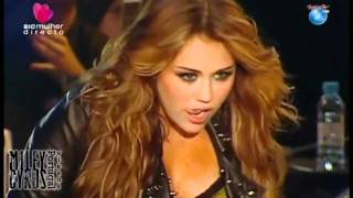 Клип Miley Cyrus - Start All Over (live)