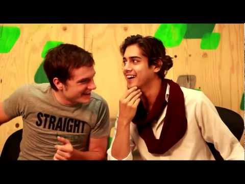SBNN's Avan Jogia and Josh Hutcherson meet GSA leaders