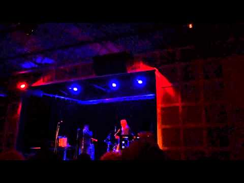 The mighty Pharoah Sanders with the Chicago Underground Duo (Rob Mazurek + Chad Taylor) Stabilized