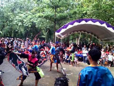 Samboyo putro live tral nganjuk eps. Celeng gembel