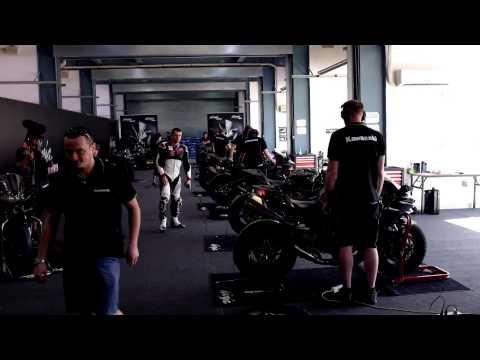 Kawasaki Ninja H2 R - Sound - Warm Up in the pitlane