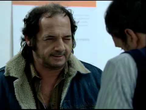 El Puntero - Luis le pega a Pochi