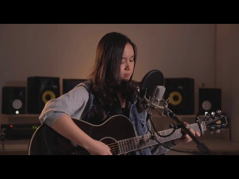 Download Hanya rindu - Andmesh Kamaleng Chintya Gabriella Cover Mp4 baru