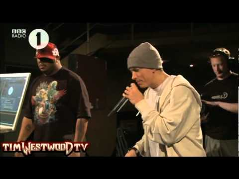 BEST EMINEM FREESTYLE VIDEO ON YOUTUBE EVER!!!!!!!!!!!!!