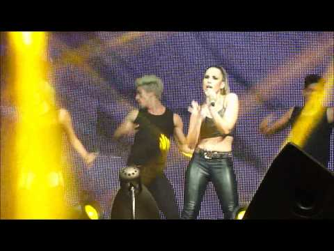 Wanessa - 03 - Get Loud - Ao Vivo na The Week - 27/10/12 HD Music Videos
