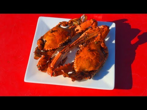 How to Make Amazing Chilli Crabs - Yummy Spicy Seafood Food Recipe!