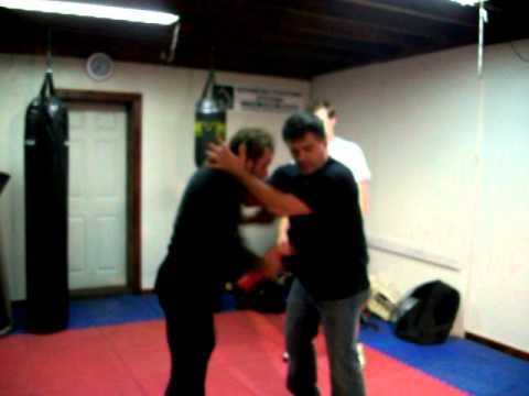 Dave Durch's Jeet Kune Do- sensitivity grappling drill Image 1