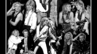 Watch Def Leppard Girl Like You video