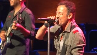 Bruce Springsteen Santa Claus Is Comin 39 To Town Uncasville 18th May 2014