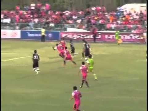 ดูบอลสด ไฮไลท์ฟุตบอลไทยพรีเมียร์ลีก 2013 ชัยนาท เอฟซี 4-2 พัทยา ยูไนเต็ด