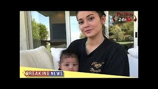 Kylie Jenner makeup free with her baby Stormi
