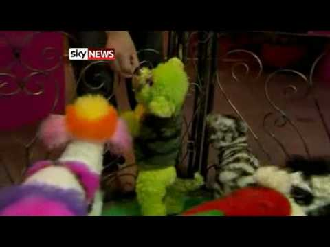 Potty Pet Owners Create Dogs To  Dye  For from Sky News.flv
