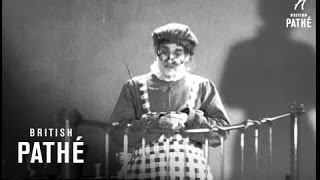 Norman Evans As Auntie Doleful (1937)
