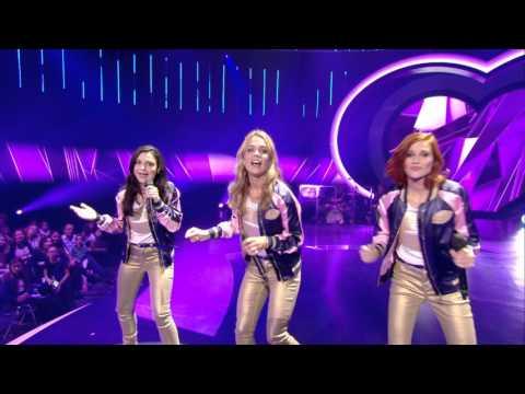 Lauren, Klaasje en Hanne zingen 'De kus van de juf' | K3 zoekt K3 | SBS6