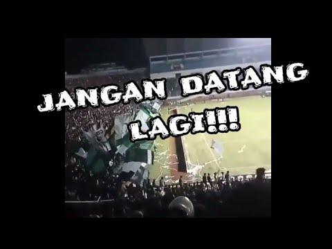 Aksi Brigata Curva Sud Saat PSS Sleman Vs Cilegon United