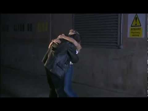 Deleted hug between the Doctor and Rose from 1x05 Dalek
