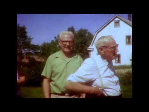 Bob jr & Donna Beaton Visit 'Daddy' Angus & Pauline MacDonld