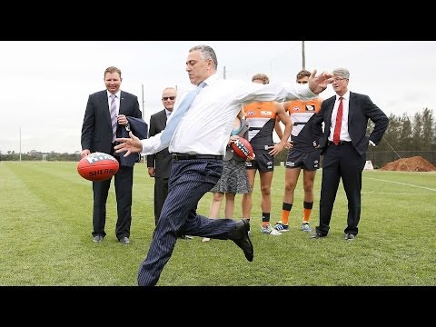 Hockey: government didn't pressure Qantas [HD] ABC RN Breakfast