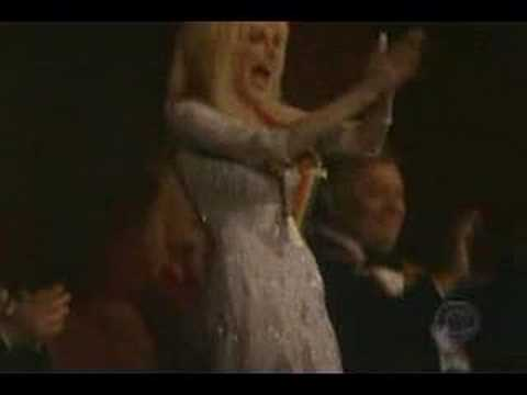 Carrie Underwood & Kenny Rogers - Islands in the Stream