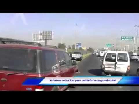 Trafico intenso en carretera Chapala en dirección a Periférico por dos accidentes