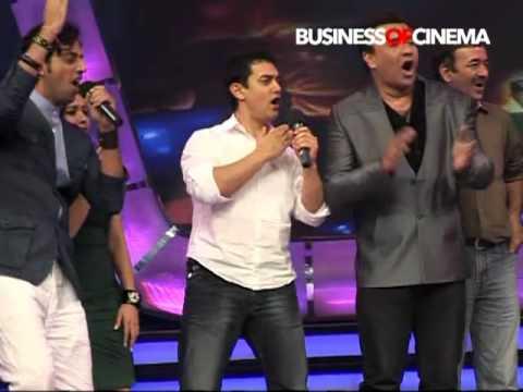 3 Idiots - Aamir Khan, Rajkumar Hirani & Sharman Joshi cheer for Indian Idols!