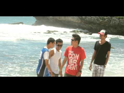 The Convergent - Santai (Official Video)